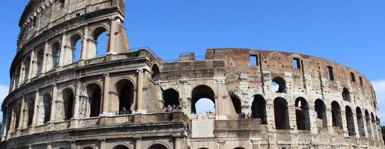 Partir en voyage scolaire en Italie avec ECI, c'est la chance d'admirer le Colisée